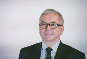 Radny Andrzej Gąsłowski - zdjęcie portretowe