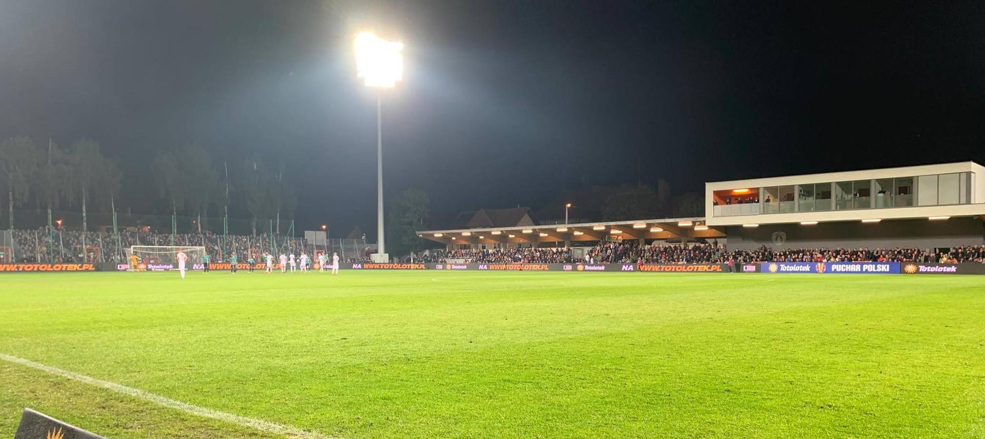 stadion puszcza