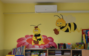 Nowy klimatyzator w sali Pszczół.