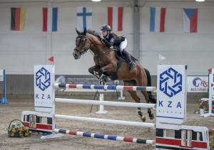 Marta-Wypior-i-Gina-Royalty-konkurs-CSI2-Gold-Round-135-cm.j