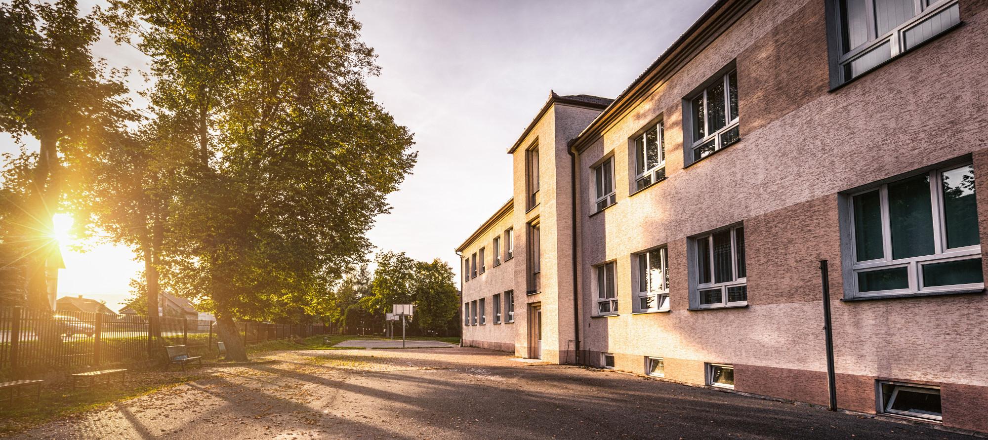 Szkoła Podstawowa w Podłężu