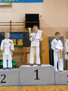 Tomasz, zdobywca 1 miejsca i Ksawery zdobywca 3 miejsca podczas Pucharu Polski Combat Aikido