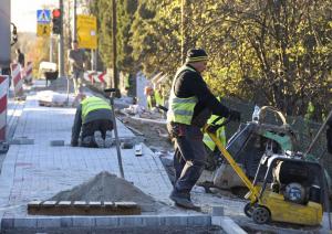 Budowa chodnika w Podłężu
