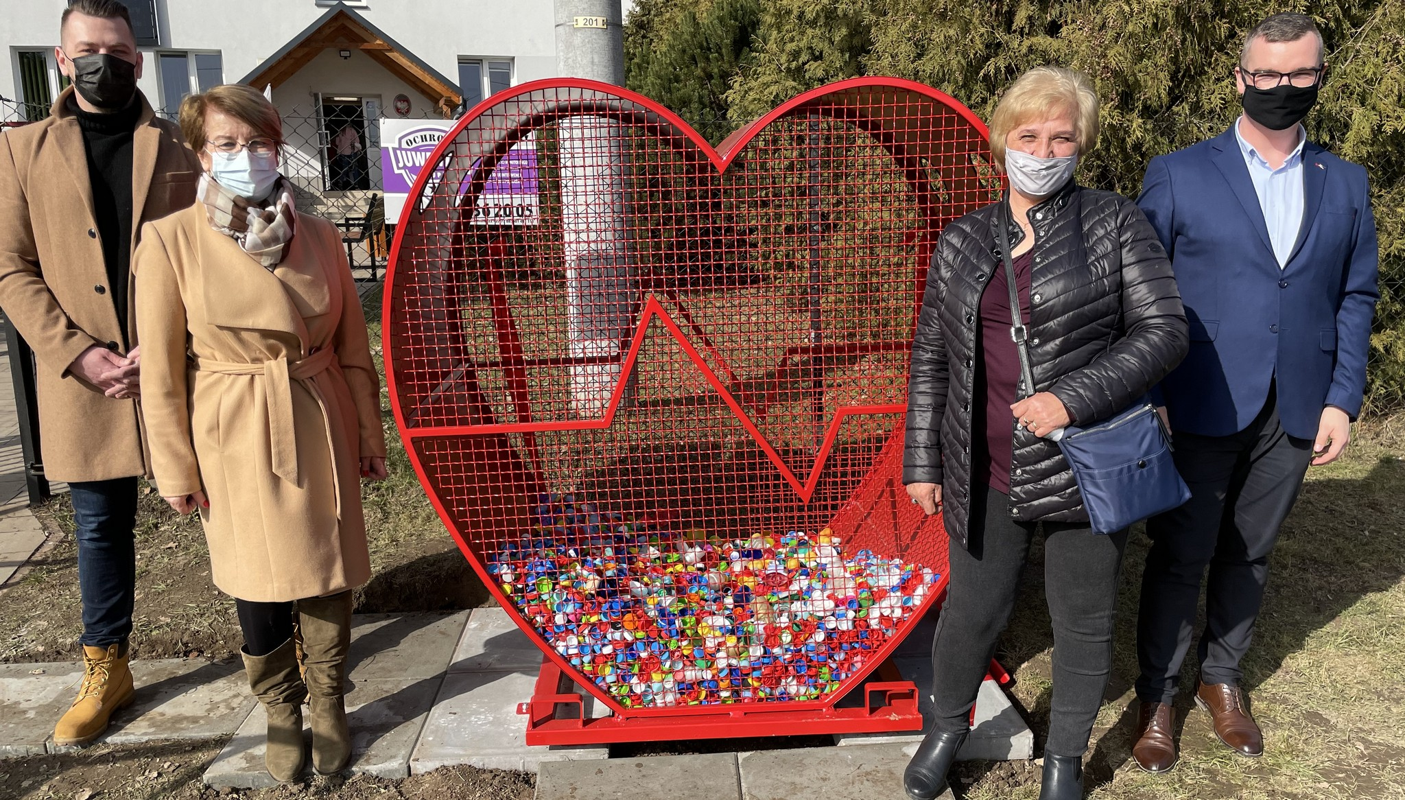 Serce na nakrętki w Zakrzowie