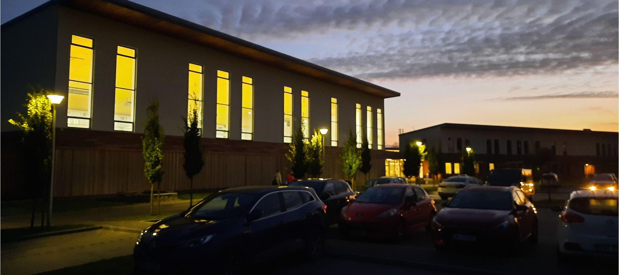 Szkoła Podstawowa w Niepołomicach Jazach